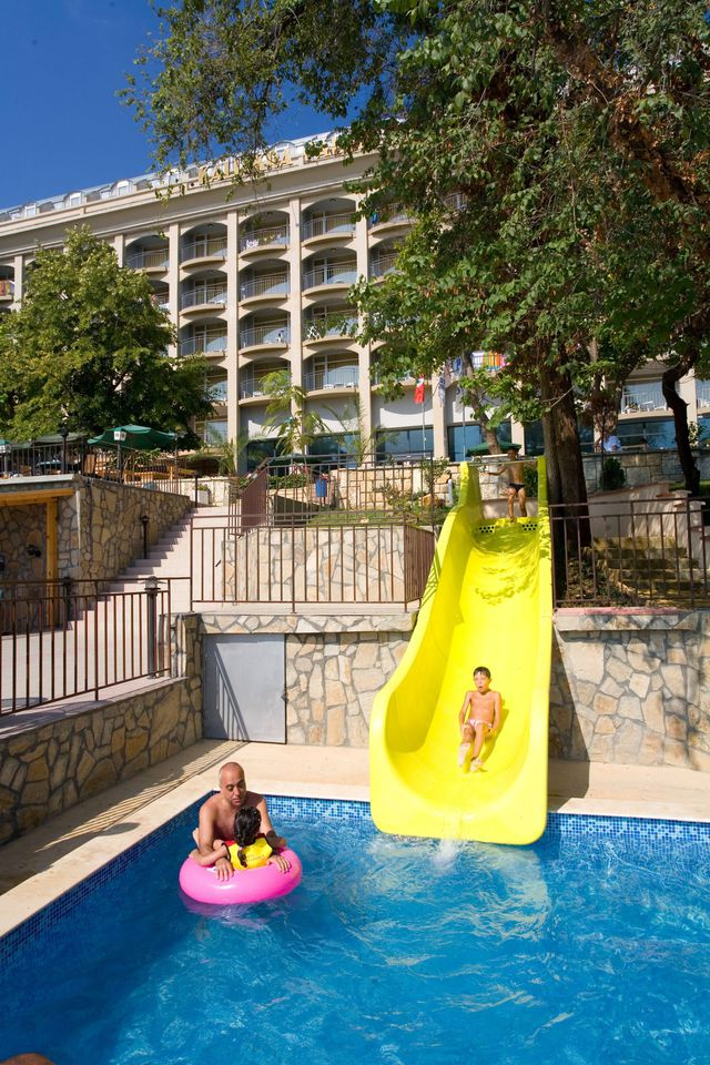 Kaliakra Palace - Kids water slide